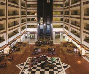 тур в готель Utopia World Hotel